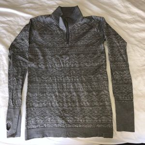 Size 8 Lululemon Restless Shirt Half Zip.